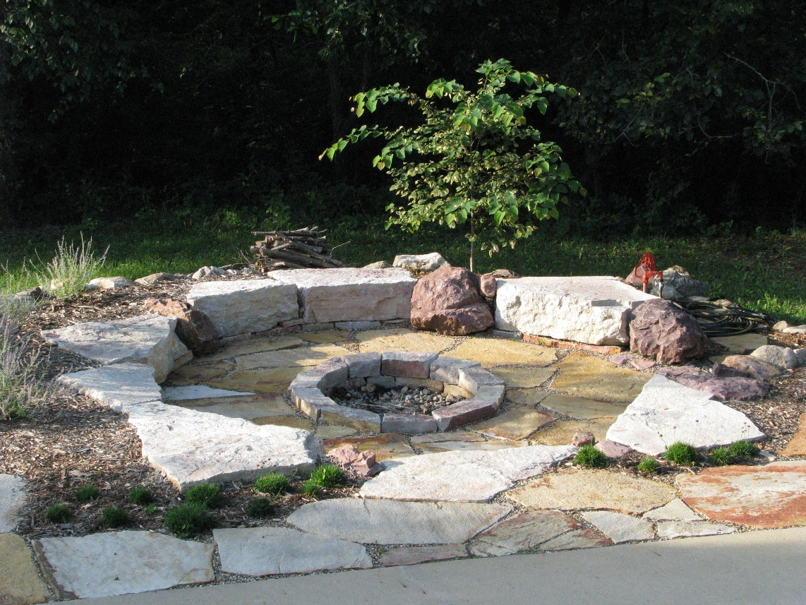 Ideas For Backyard Fire Pits : just waiting for cooler fall days !